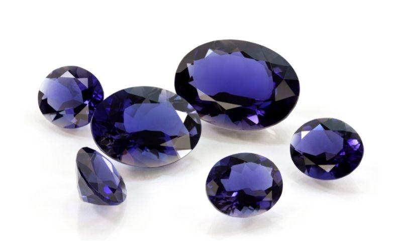Tansanit geschliffen Diamant